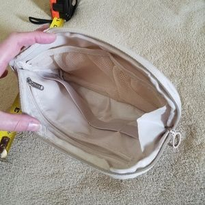 Other - Travel Bag With Organization & Padded Sides NWOT!